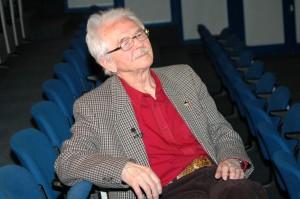 Bernard Krawczyk w sali Parnassos Biblioteki Śląskiej